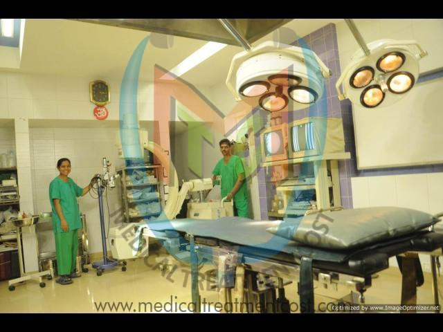 Vaginal vault prolapse at  Shri Sai Clinic in Mumbai - 1/4